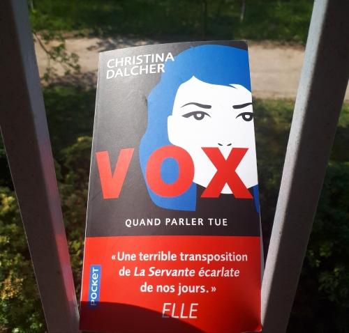 vox, christina dalcher, littérature américaine, dystopie, roman d'anticipation, science-fiction, condition des femmes, liberté, parole, droits, réflexion, premier roman