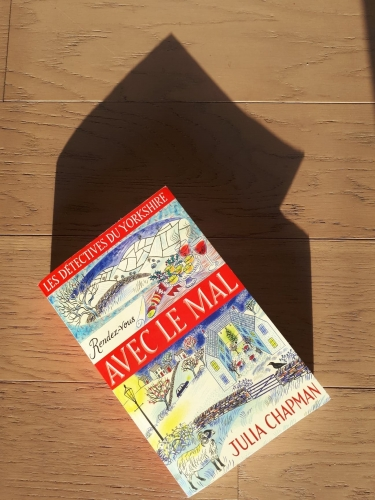 rendez-vous avec le mal,julia chapman,les détectives du yorkshire,la bête noire,robert laffont,cosy mystery,date with malice,roman policier,yorkshire,roman anglais